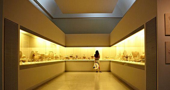 museum_santorini_2